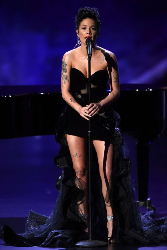 Halsey – 71st Emmy Awards Performance in Los Angeles