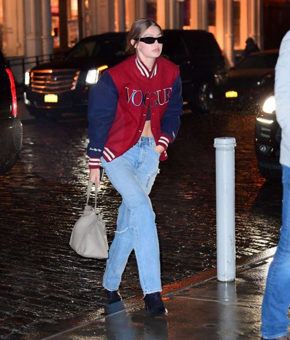 Gigi Hadid Out on a rainy day Photos in New York