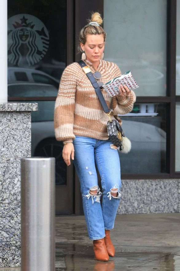 Hilary Duff stops by her favorite nail salon for some pampering in West Hollywood, Los Angeles