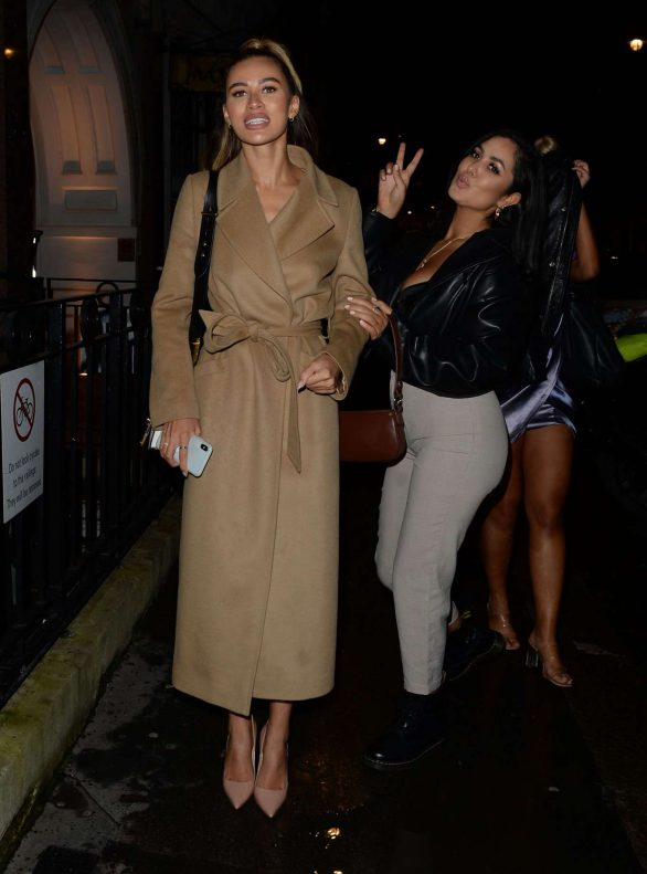 Montana Brown Pics while Arriving at Bagatelle in London