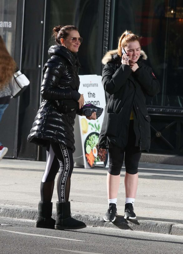 Brooke Shields and daughter Rowan Henchy Pics While Leaving a gym in NYC