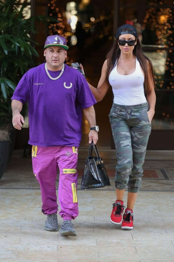 Holly Sonders Pics while Out for lunch at The Montage Hotel in Beverly Hills