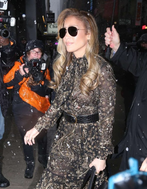 Jennifer Lopez Pics while Out in Manhattan
