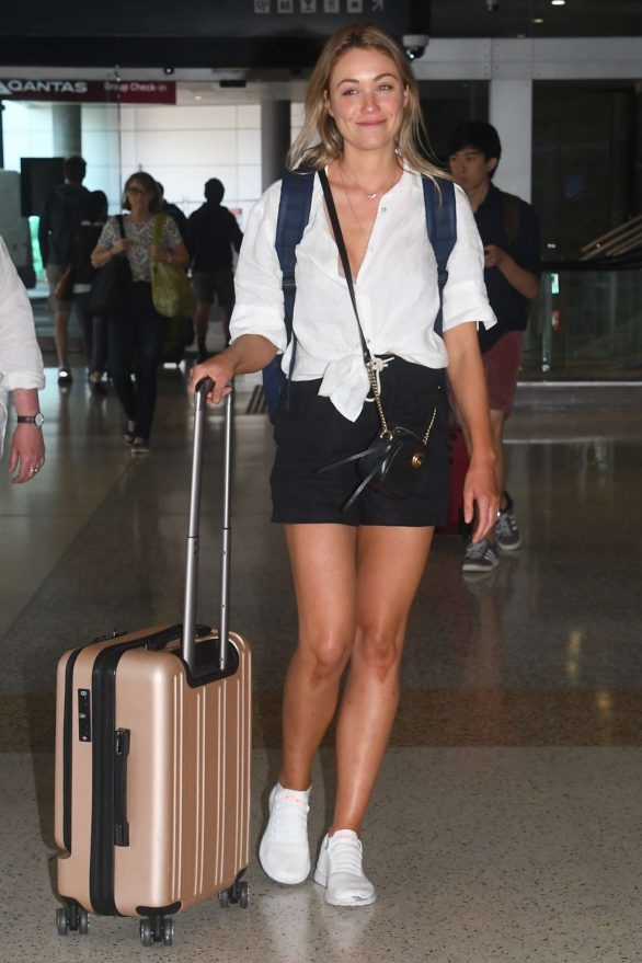 Katrina Bowden Pics in Shorts while Arriving at Sydney Airport