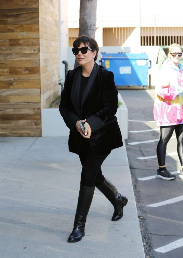 Kris Jenner Pics While Christmas Shopping in Los Angeles