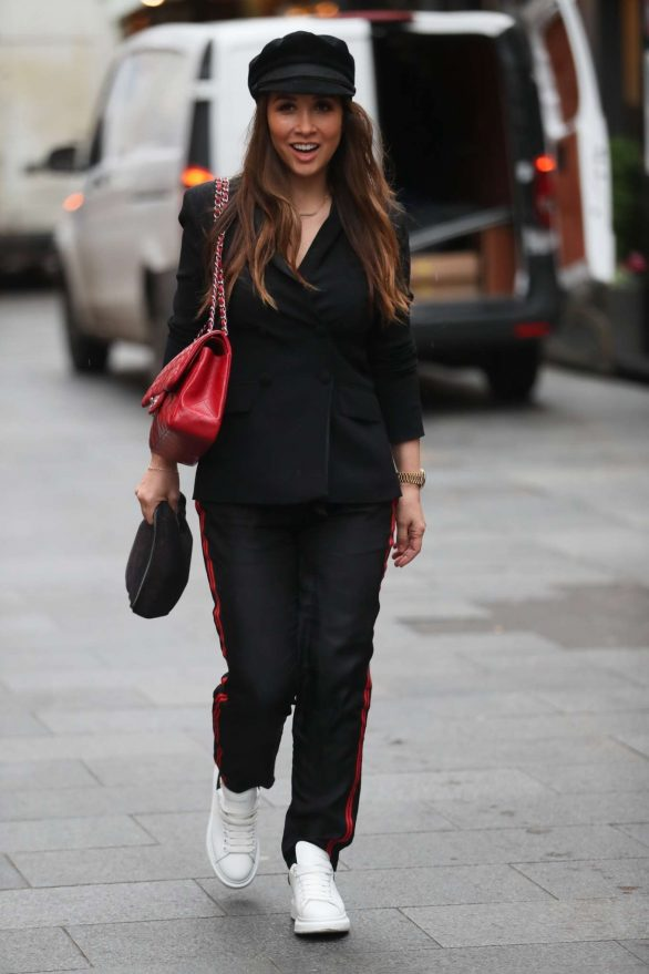 Myleene Klass Pics While Arriving at the Smooth Radio in London
