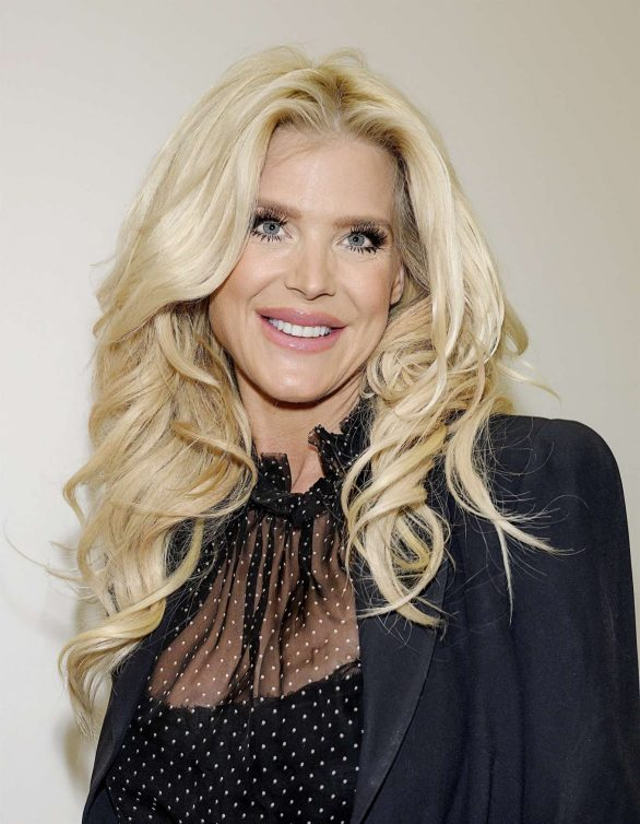 Victoria Silvstedt Pics at Alzheimer Research Fundraiser in Stockholm