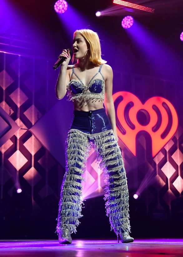 Zara Larsson Performs Live at Y100 Jingle Ball 2019 in Sunrise
