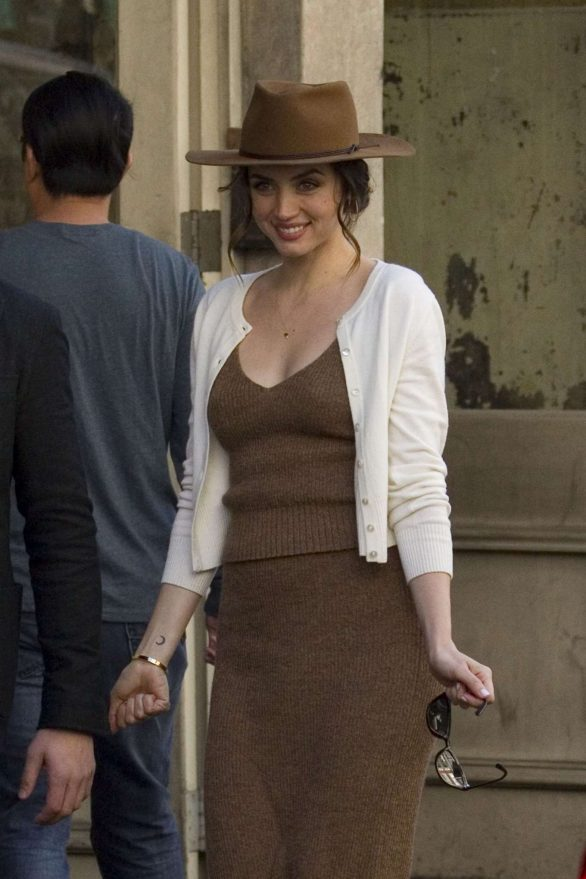 Ana De Armas Pics On the set of 'Deep Water' in New Orleans
