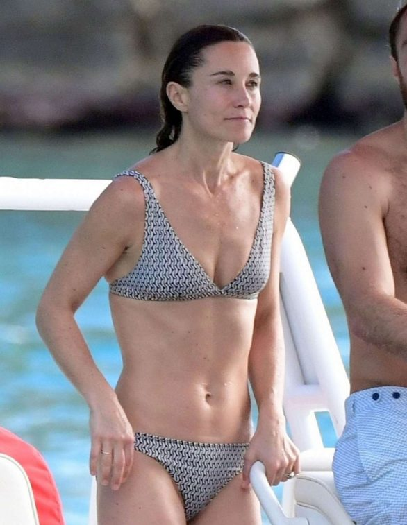 Pippa Middleton Pics in Bikini on a boat ride in St. Barths