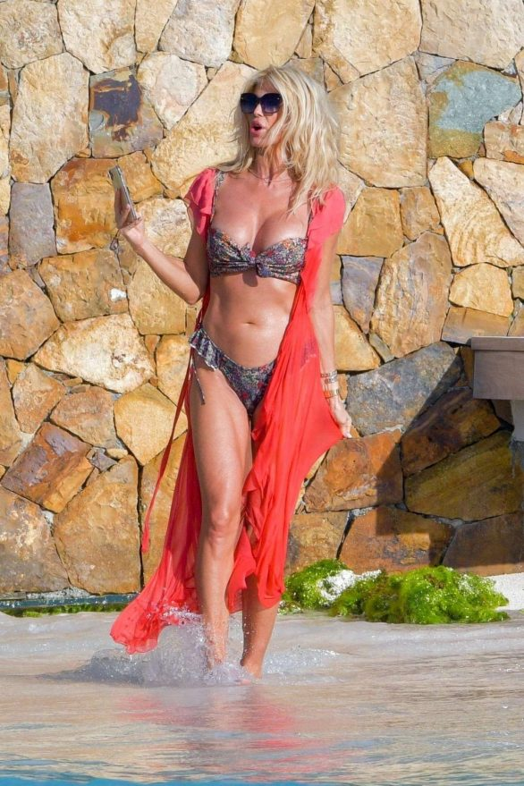 Victoria Silvstedt Pics in Floral Bikini on the beach in St Barts