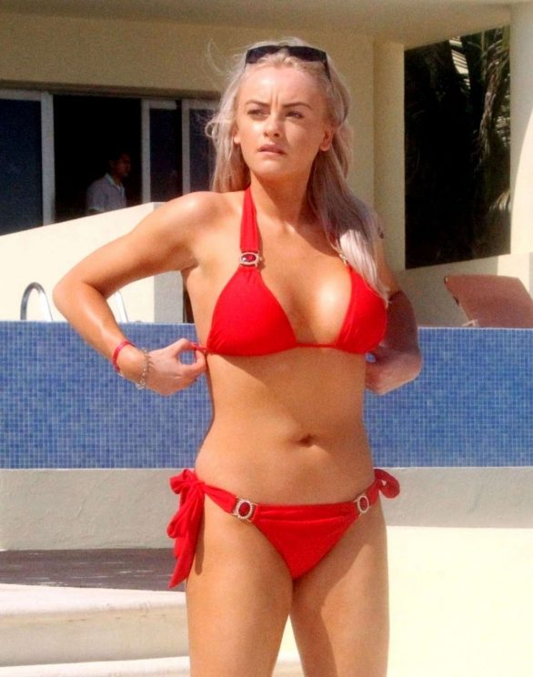 Katie McGlynn Pics in Bikini on the beach in Mexico