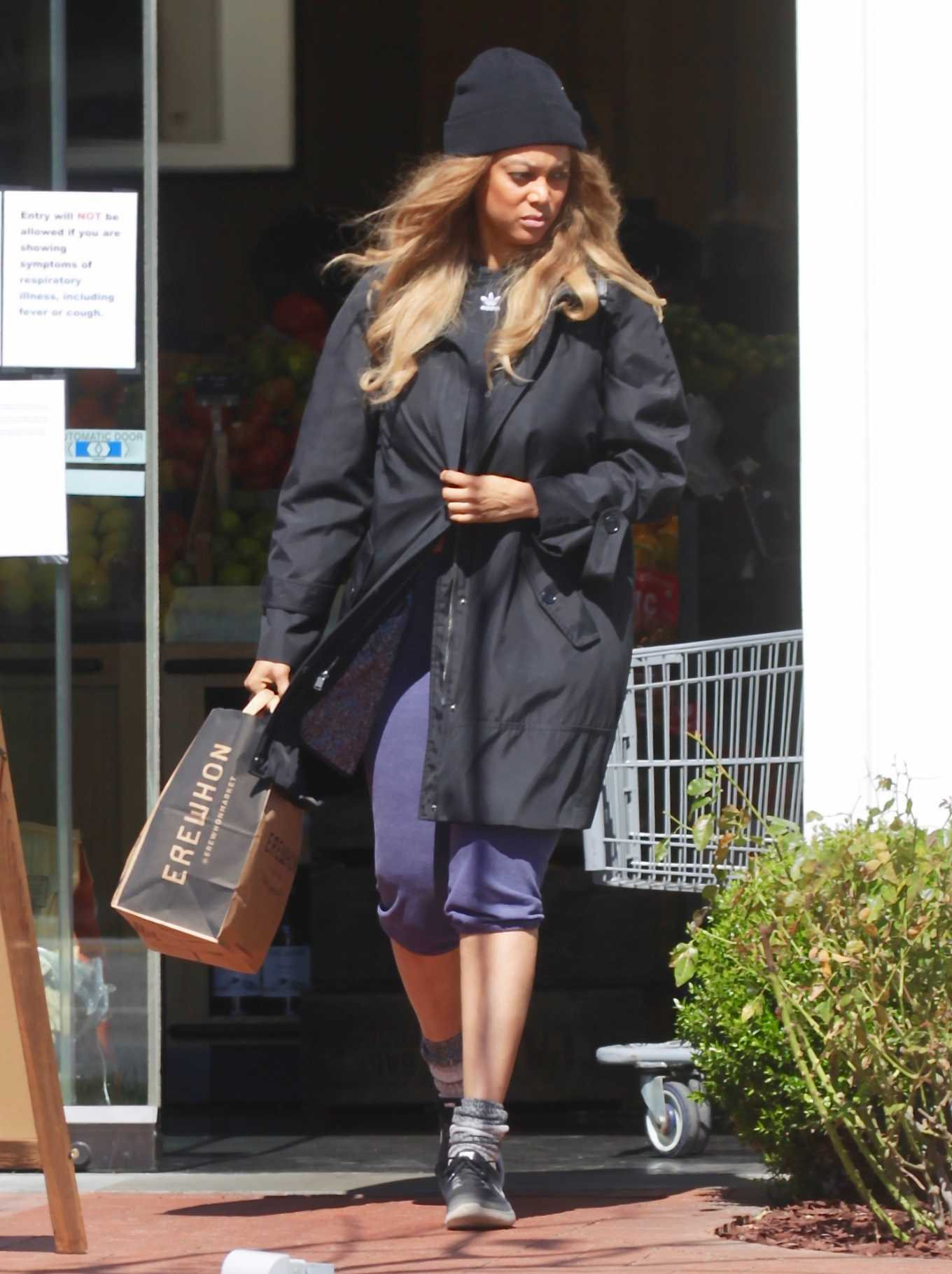 Tyra Banks with boyfriend Louis Belanger-Martin Out for shopping in Los Angeles