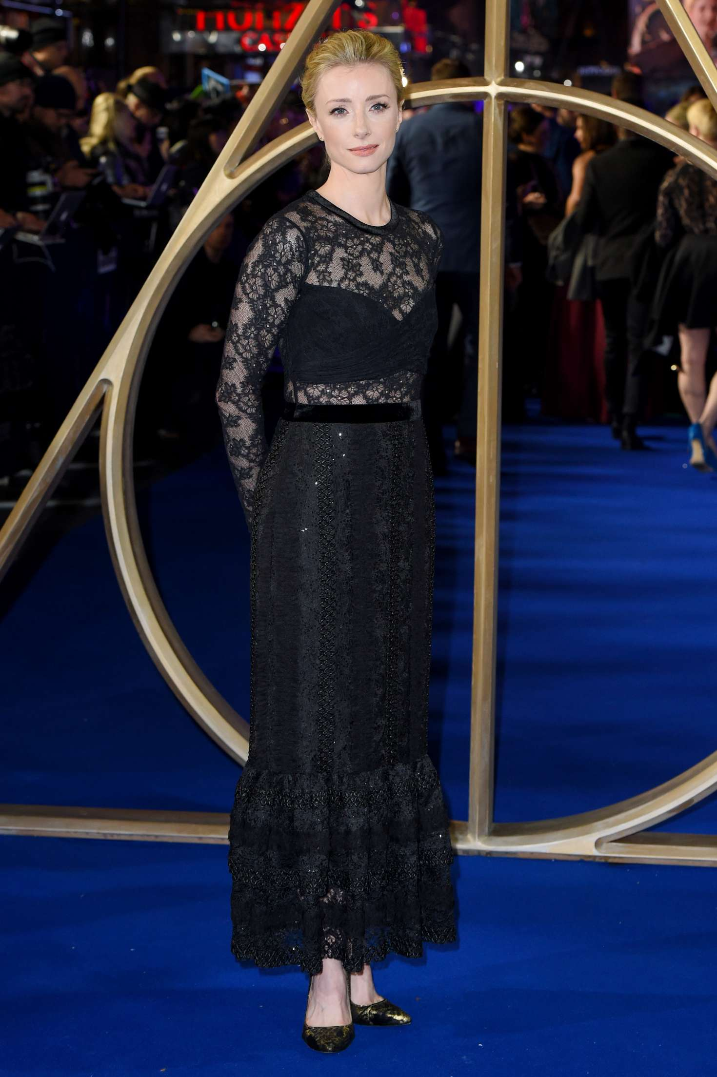 Fiona Glascott – 'Fantastic Beasts The Crimes of Grindelwald' Premiere in London-01