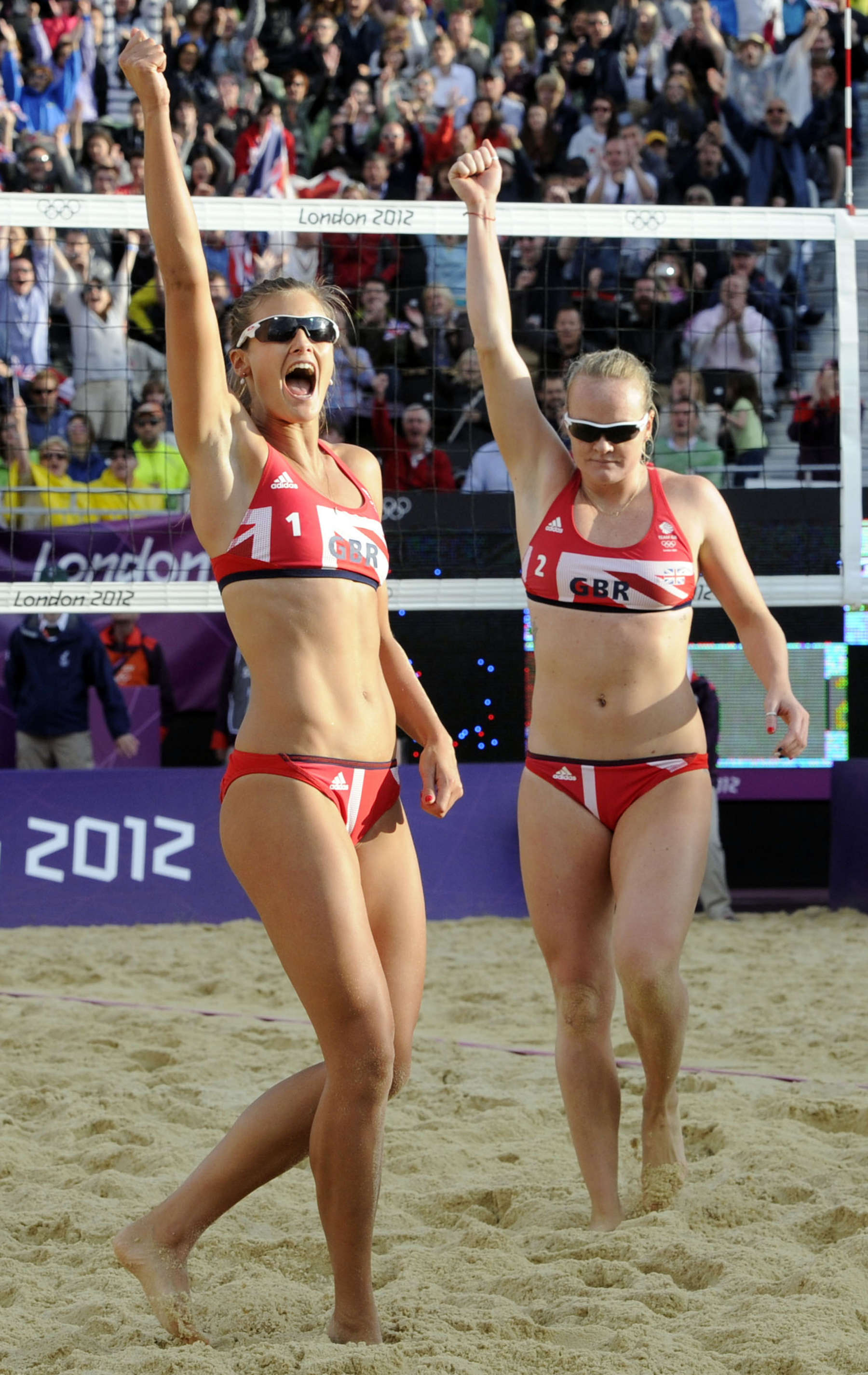Zara Dampney – Beach Volleyball at the London Olympics-07