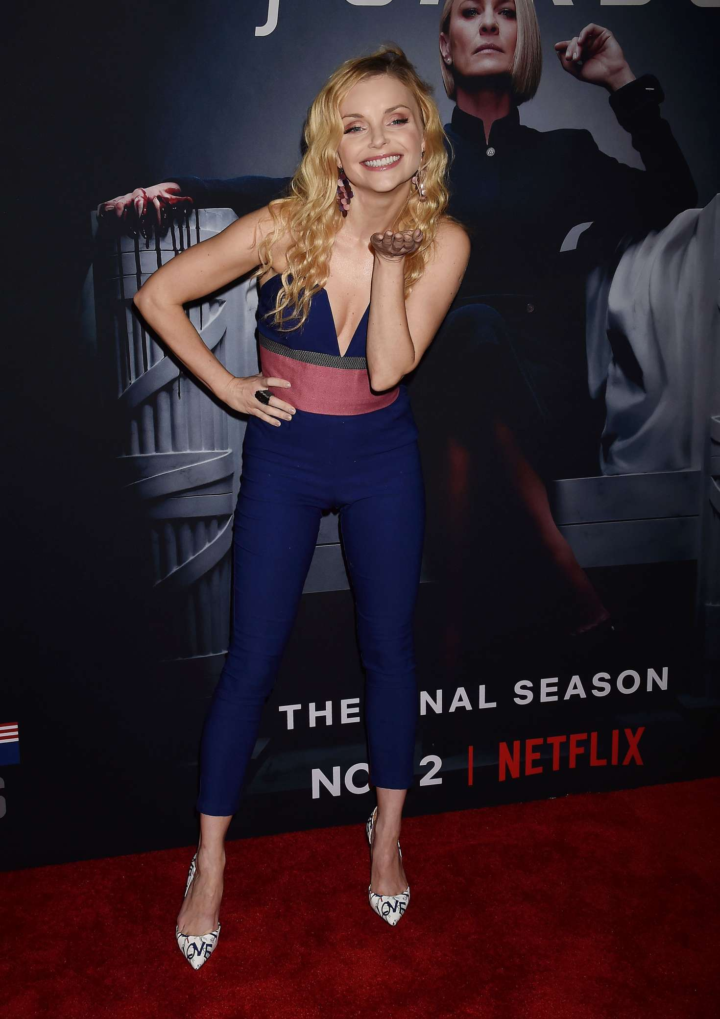 Izabella Miko – 'House of Cards' Premiere in Los Angeles-05